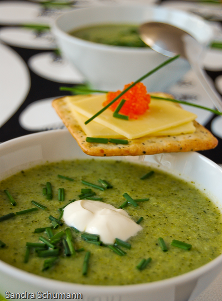broccoli and zuchini soup