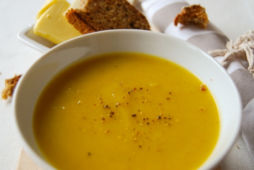Soup of the day with Irish brown bread