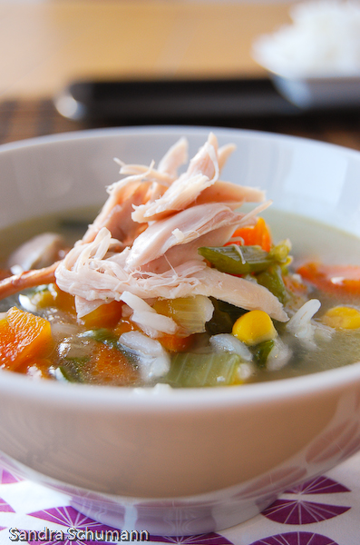 Easy chicken and rice soup with sweet corn